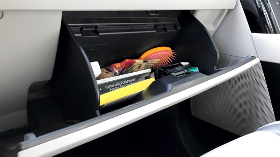 car_glove_box